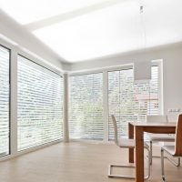 Fensterfront mit RETROLux-Lamelle